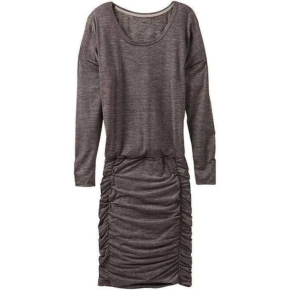 5b2b1d8383c0 Athleta Dresses   Skirts - Athleta Tulip Dress Ruched Long Sleeve Large